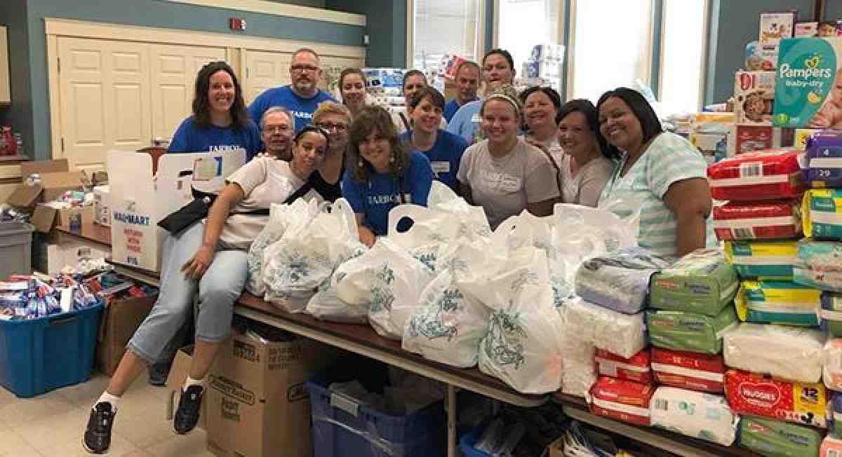 AFT Massachusetts members helping out the community
