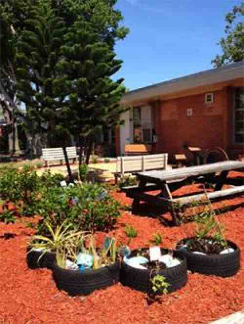 Florida PSRPs convert outdoor space to reading classroom ...