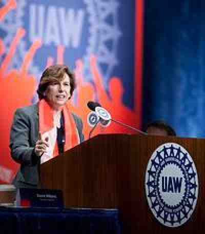 Weingarten at UAW photo by Jim West
