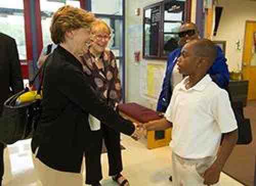 Randi Weingarten at St. Louis school