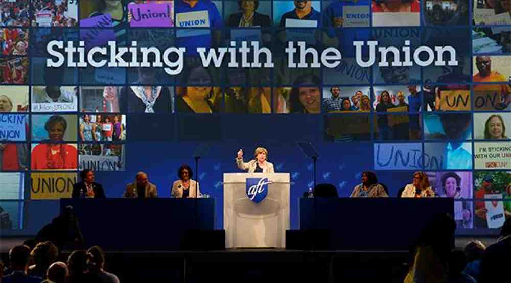 Randi Weingarten addressing delegates