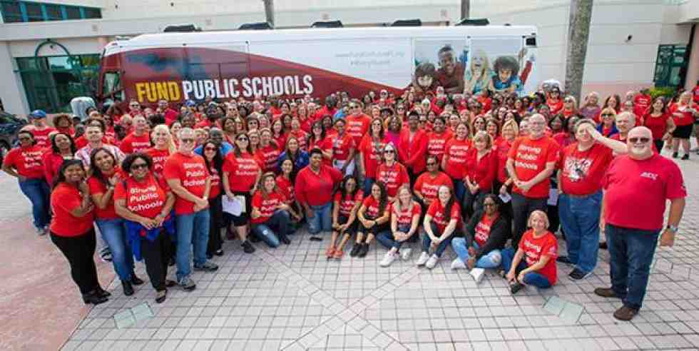 Educators and community members are joining the Fund Our Future bus tour campaign in Florida, fighting to improve their public schools.