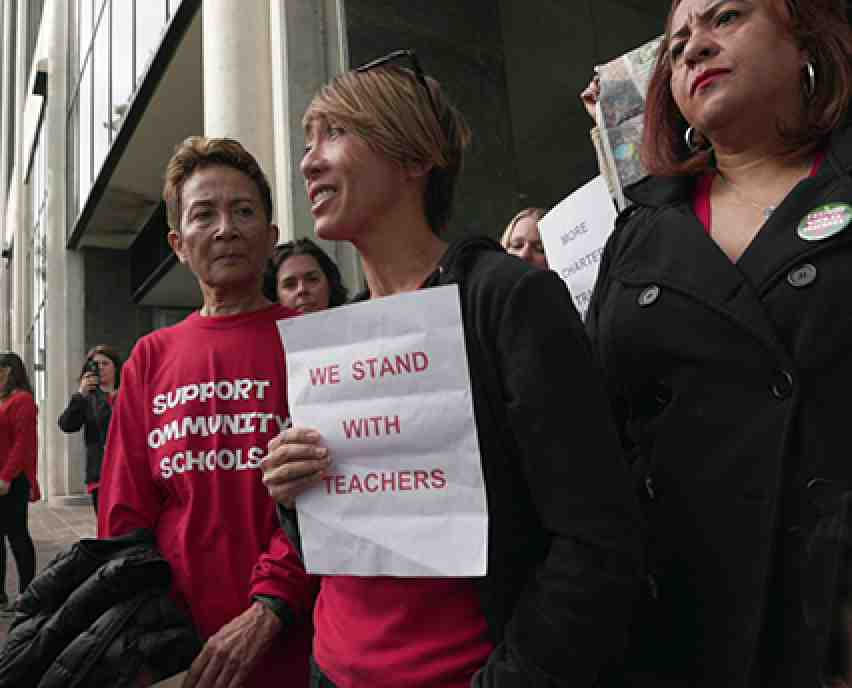 L.A. parents supporting teachers