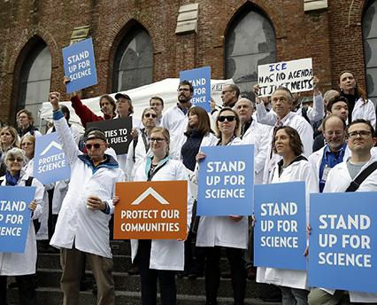 Scientists rally