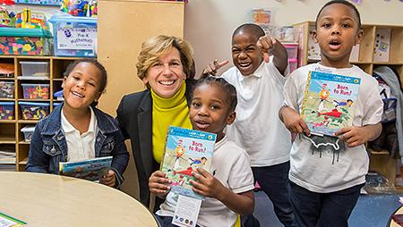 Randi Weingarten with kids in Baltimore