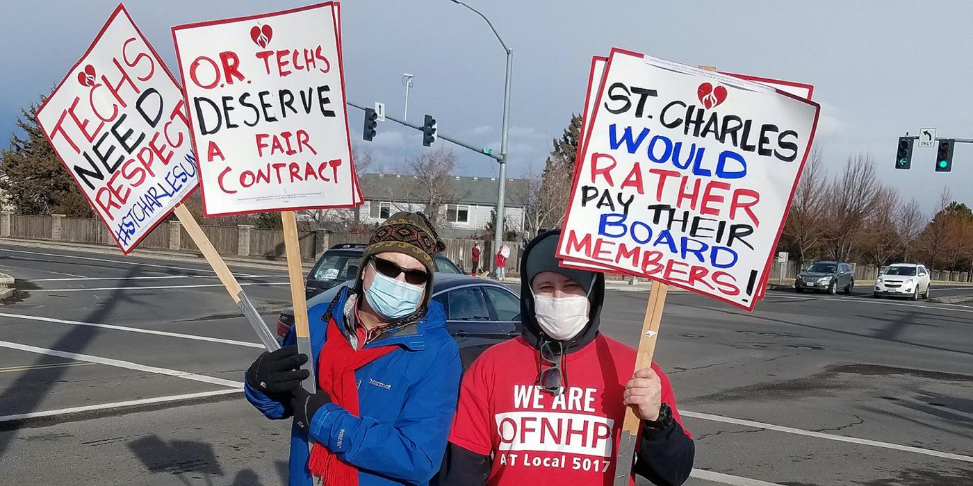 Oregon hospital techs picket line