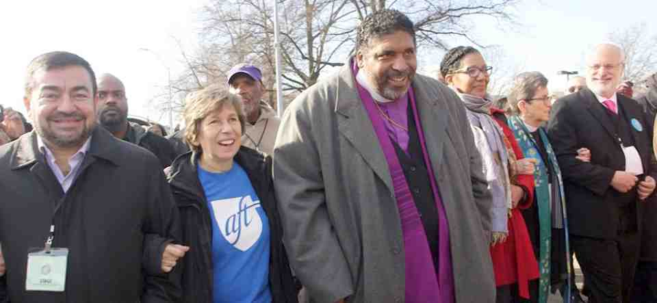 Weingarten con el reverendo Dr. William Barber II